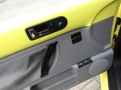 Volkswagen-New Beetle-14